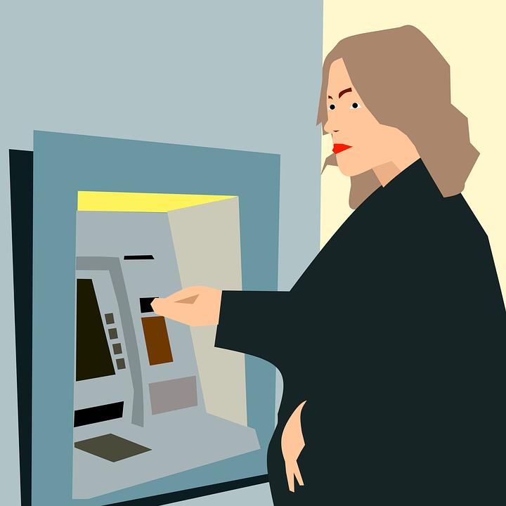 Nejlepší banky v ČR mohou nabídnout i bezplatný výběr z bankomatů